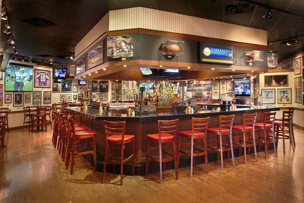 Champions Sports Bar at Long Island Marriott Hotel Bar