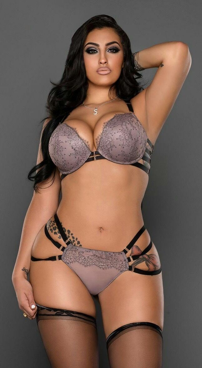 Lingerie For Women With Curves 17