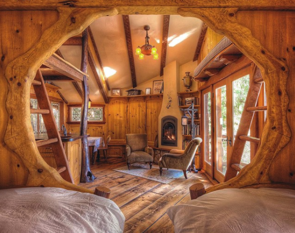 7 Tiny Cabin Homes That Are Perfect For Winter Hibernation Tree House Tiny Cabin Cabin Homes