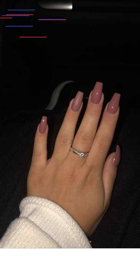 Short Coffin Acrylic Nails Are The Next Best Thing And They Are Beautiful And Sometimes Cute They Fall Acrylic Nails Pretty Acrylic Nails Cute Acrylic Nails