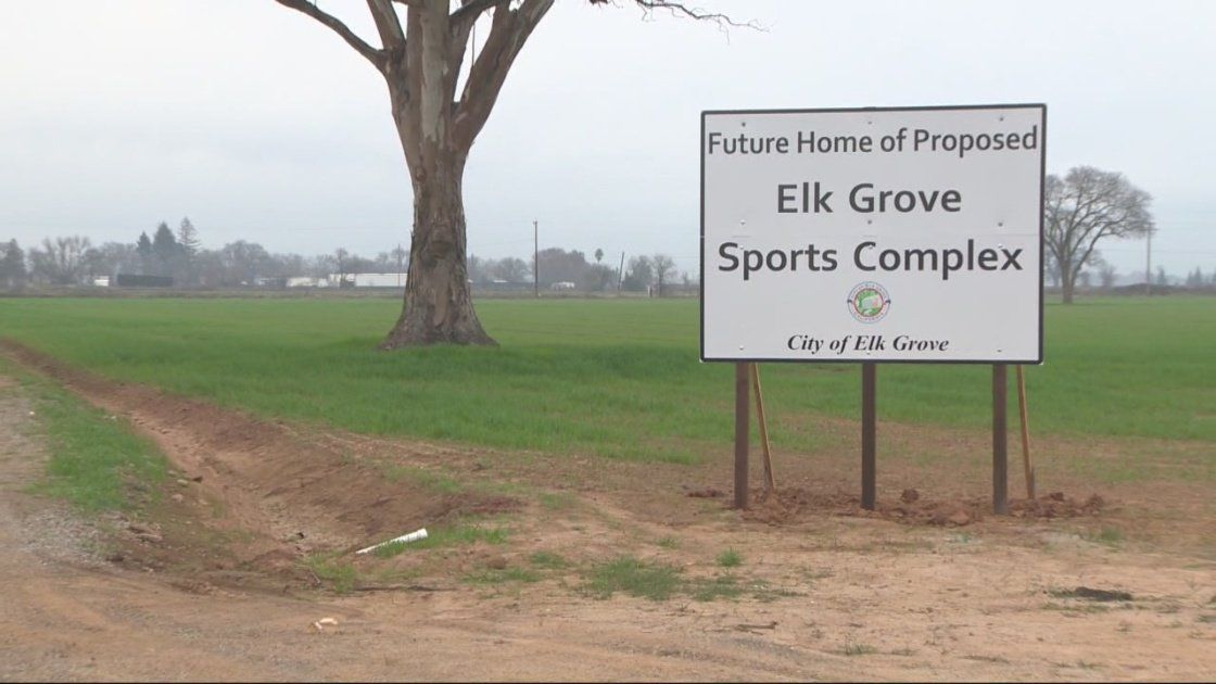 Elk Grove Enters Negotiations With Youth Soccer Group To Sell 99 Acres Slated For Soccer Stadium Fields Youth Soccer Soccer Stadium City Manager