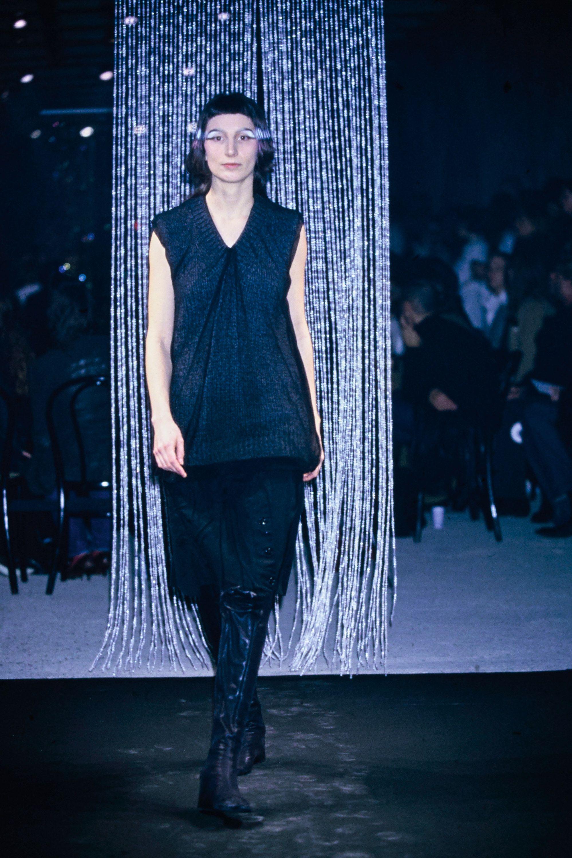 Maison Margiela Fall 2001 Ready-to-Wear Fashion Show