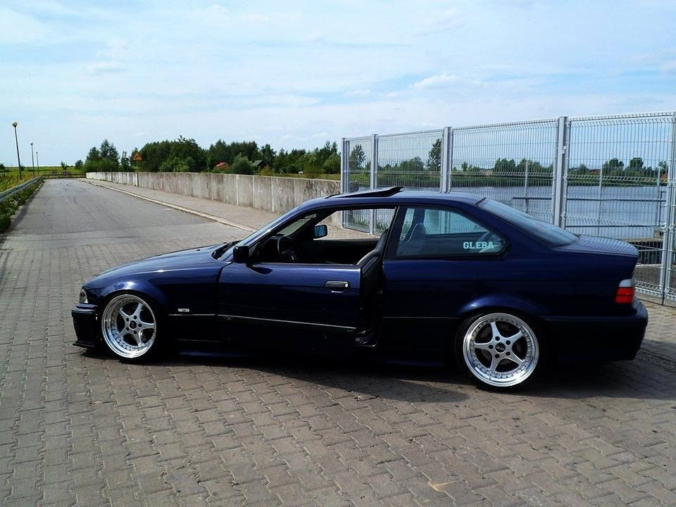 montreal blue bmw e36 coupe on cult classic oz mito wheels bmw e36 culture album pinterest. Black Bedroom Furniture Sets. Home Design Ideas