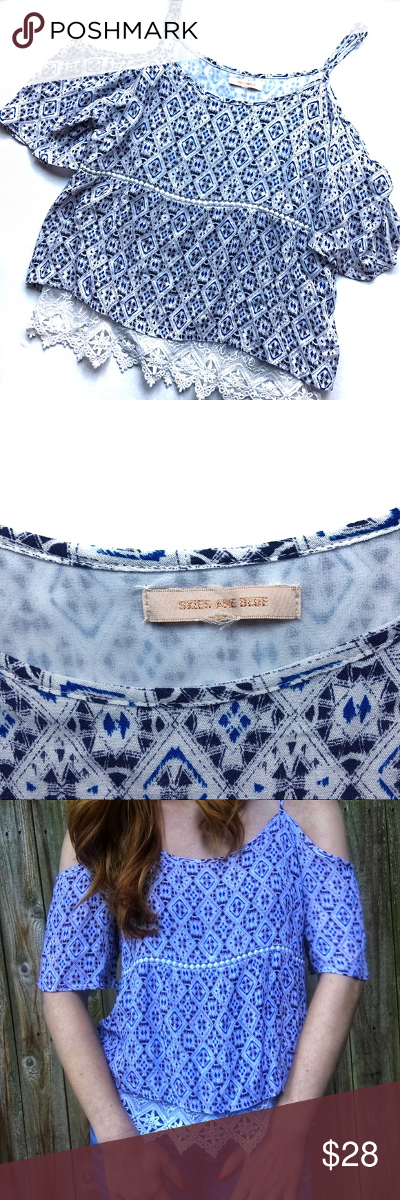 dd100aa1fe33a0 ▫️Skies Are Blue langlock sz S cold shoulder top ▫️Skies Are Blue langlock  sz S cold shoulder top. Feminine white and blue top with geometric  patchwork ...