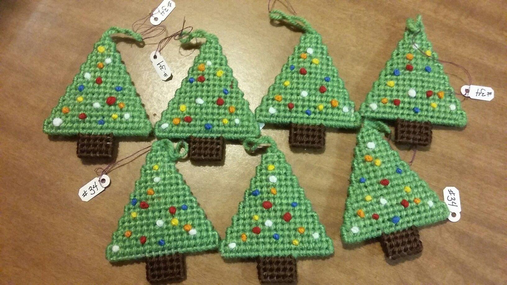 Plastic Canvas Christmas.Plastic Canvas Christmas Tree Ornaments Things I Ve Made