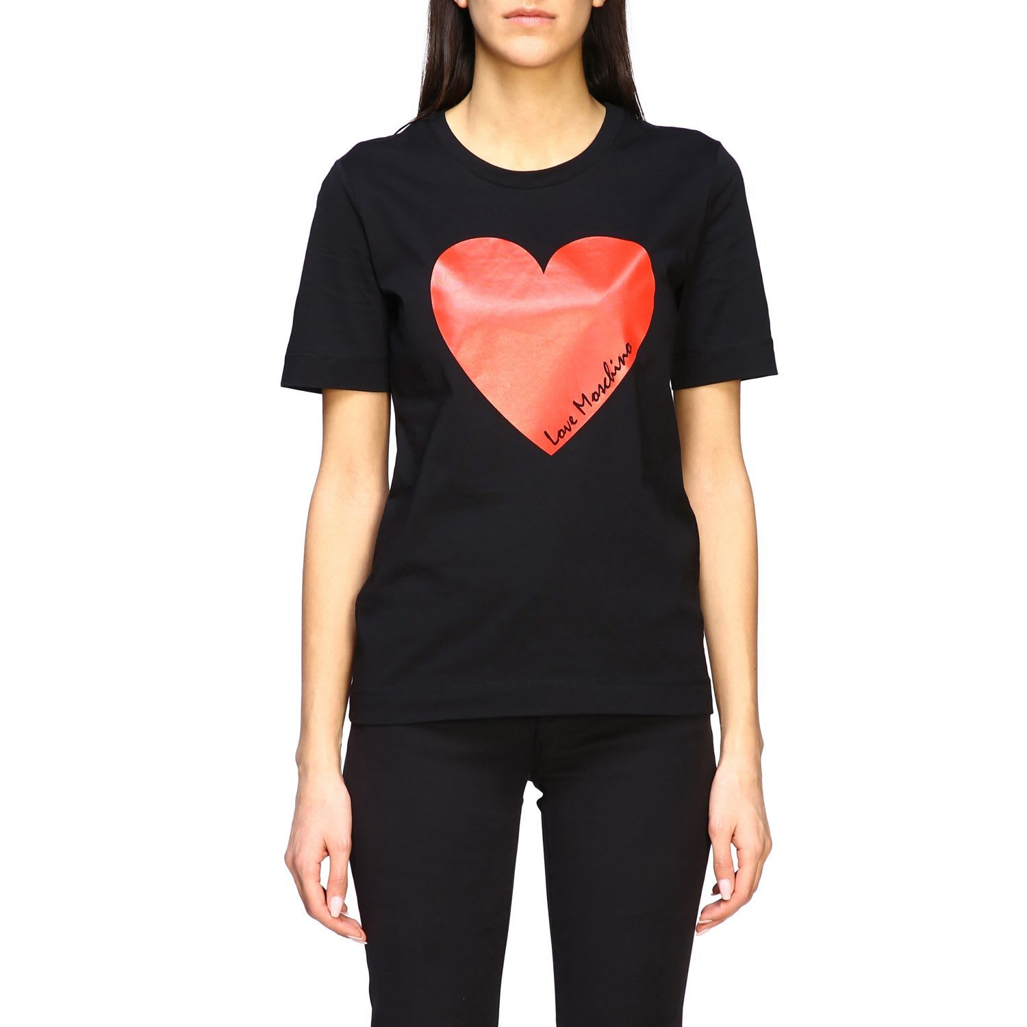 Best Price On The Market At Italist Love Moschino Love Moschino T Shirt Love Moschino Short Sleeved T Shirt With Heart In 2020 Womens Shirts Moschino Short Sleeve
