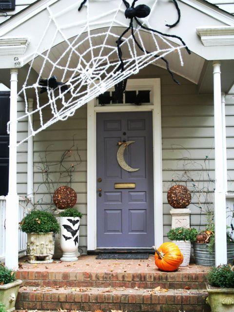30+ Spooktacular Outdoor Halloween Decorations Christmas tinsel - outdoor halloween decorations