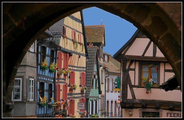 6.- Riquewihr en Alsace (68 Haut-Rhin