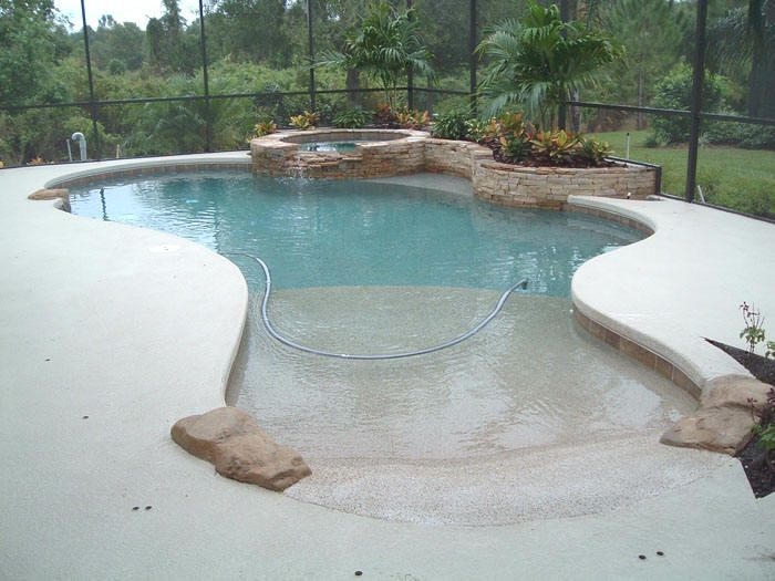 Walk In Pool With Connected Hot Tub Walk In Pool