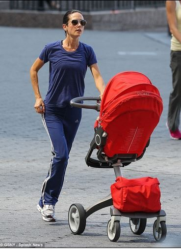 Jennifer Connelly On The Go With Her Stokke Stroller