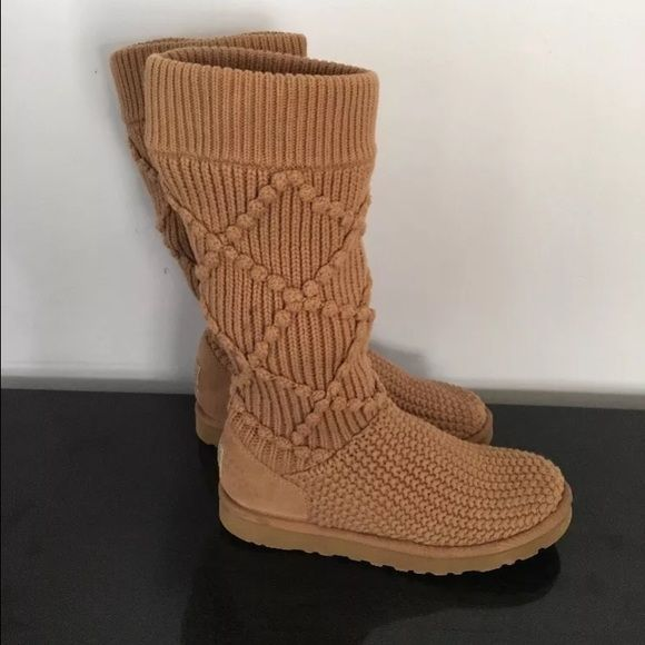 Ugg Boots Classic Knit Argyle Size 7 Authentic Ugg Boots! Worn once! Argyle oatmeal brown tall knitted! Size 7 No box Priced to sell UGG Shoes Winter & Rain Boots