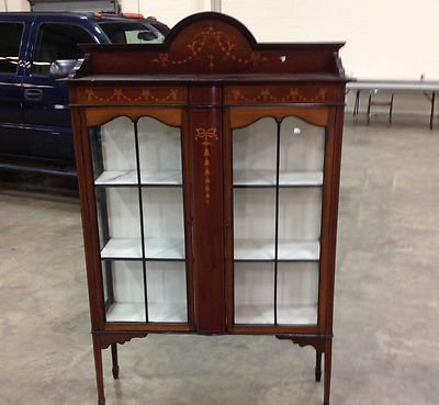 Glass Glazed Queen Anne Fine Quality Burr Walnut Display Cabinet Circa 1910