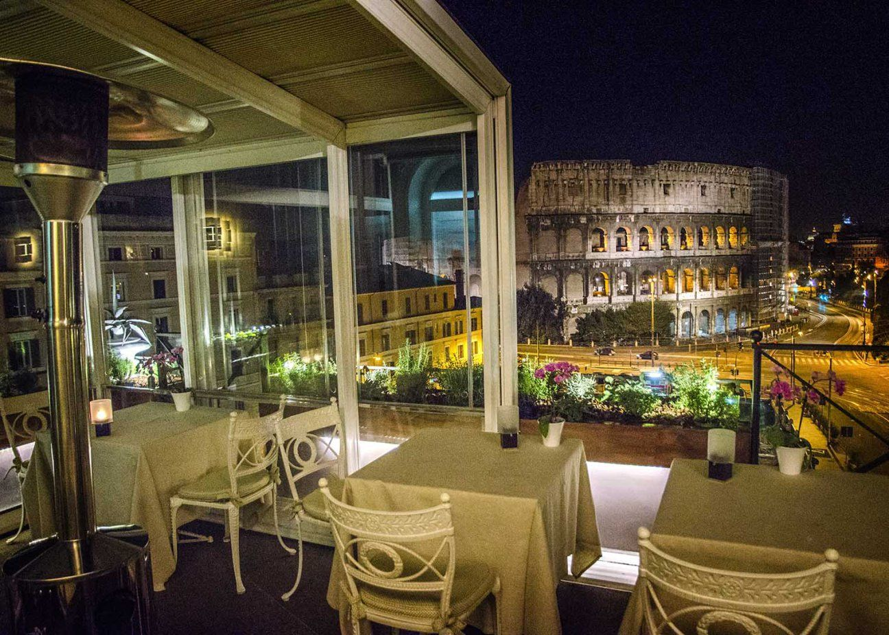 Aroma Restaurant Rome Splendidly Set On The Terrace Of Palazzo Manfredi Offers