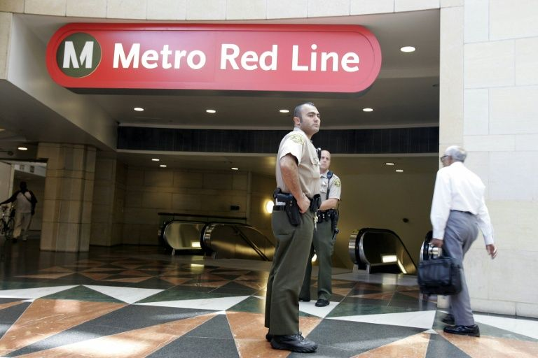 Los Angeles Metro Bomb Threat Sparks Increased Security Supreme Court Breaking News Arab News