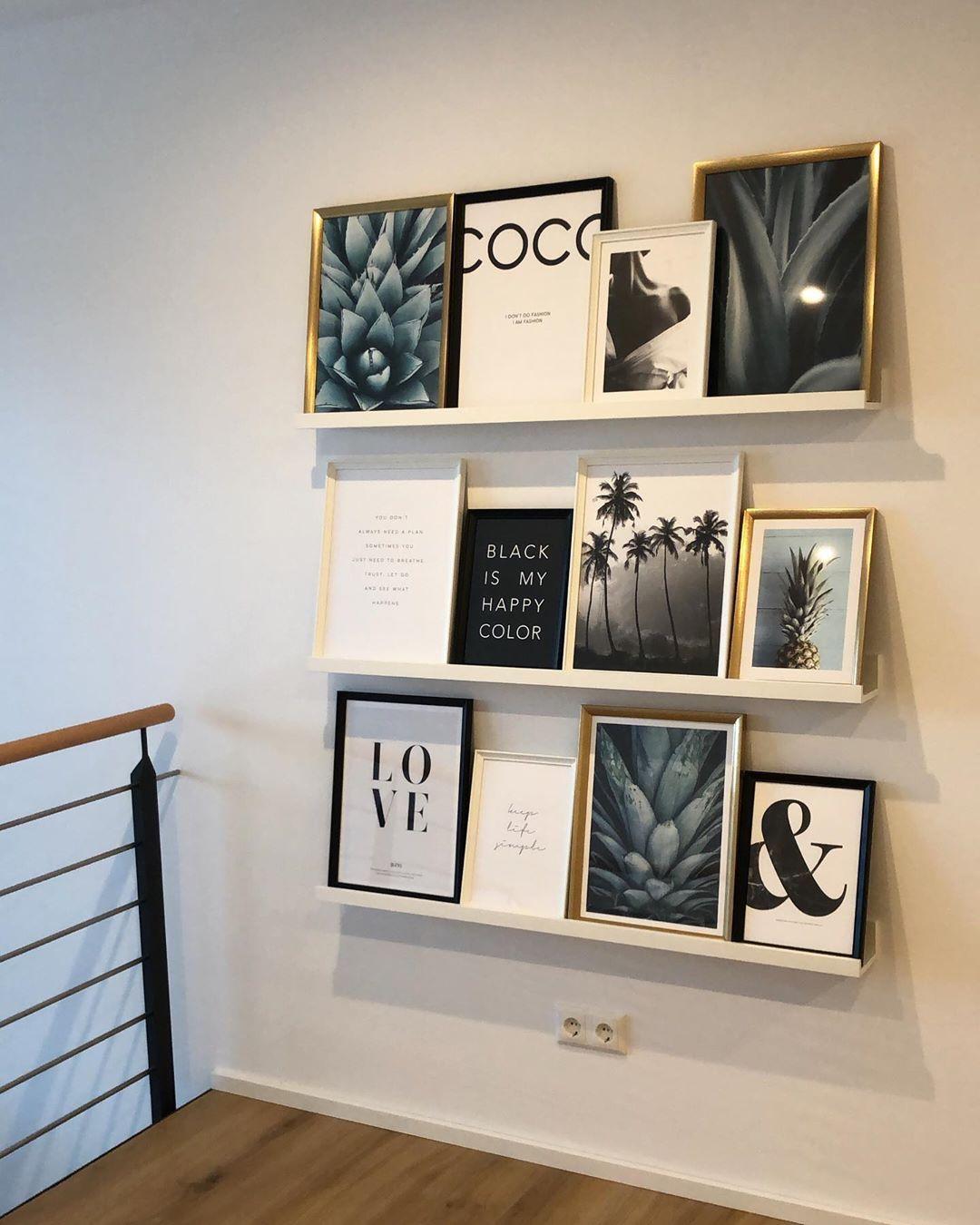 Wir haben heute unsere Galerie gestaltet und Bilder von @desenio aufgestellt.