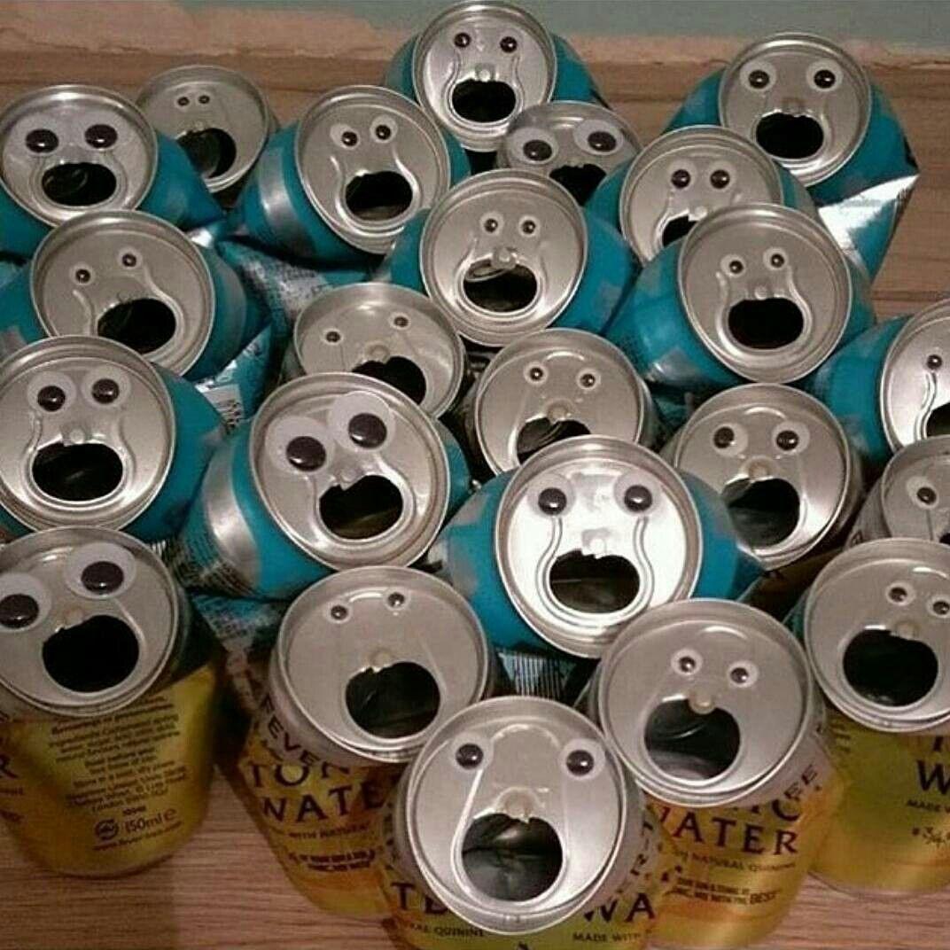 缶がこんな顔をしてたらドッキリ!スマホ壁紙