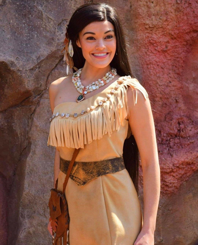 Pocahontas! | Walt Dis...