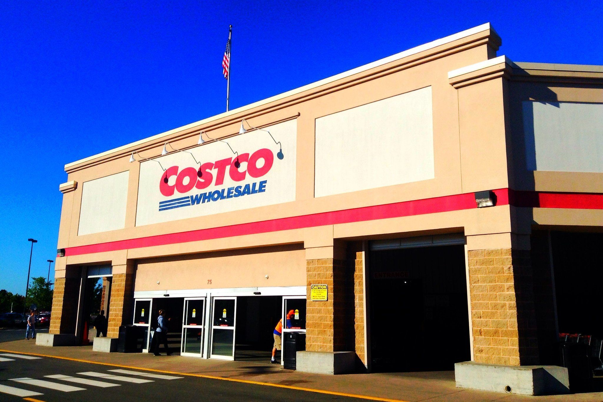 12 Things You Never Knew About Costco Straight From Employees Costco Prices Costco Membership Costco