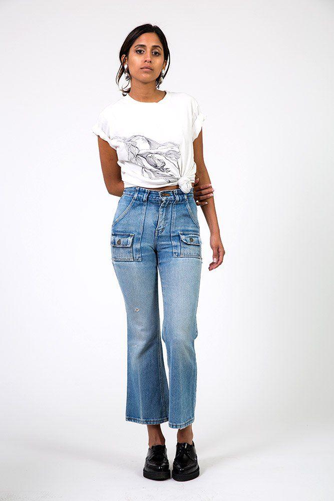 The Classic Levi Crop Flare Jeans – WAIST 25 | Denim Refinery