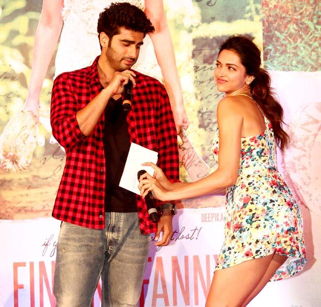 Looks like Deepika Padukone is dancing to the tunes of Arjun Kapoor at the music launch of Finding Fanny. #Bollywood #Fashion #Style #Beauty