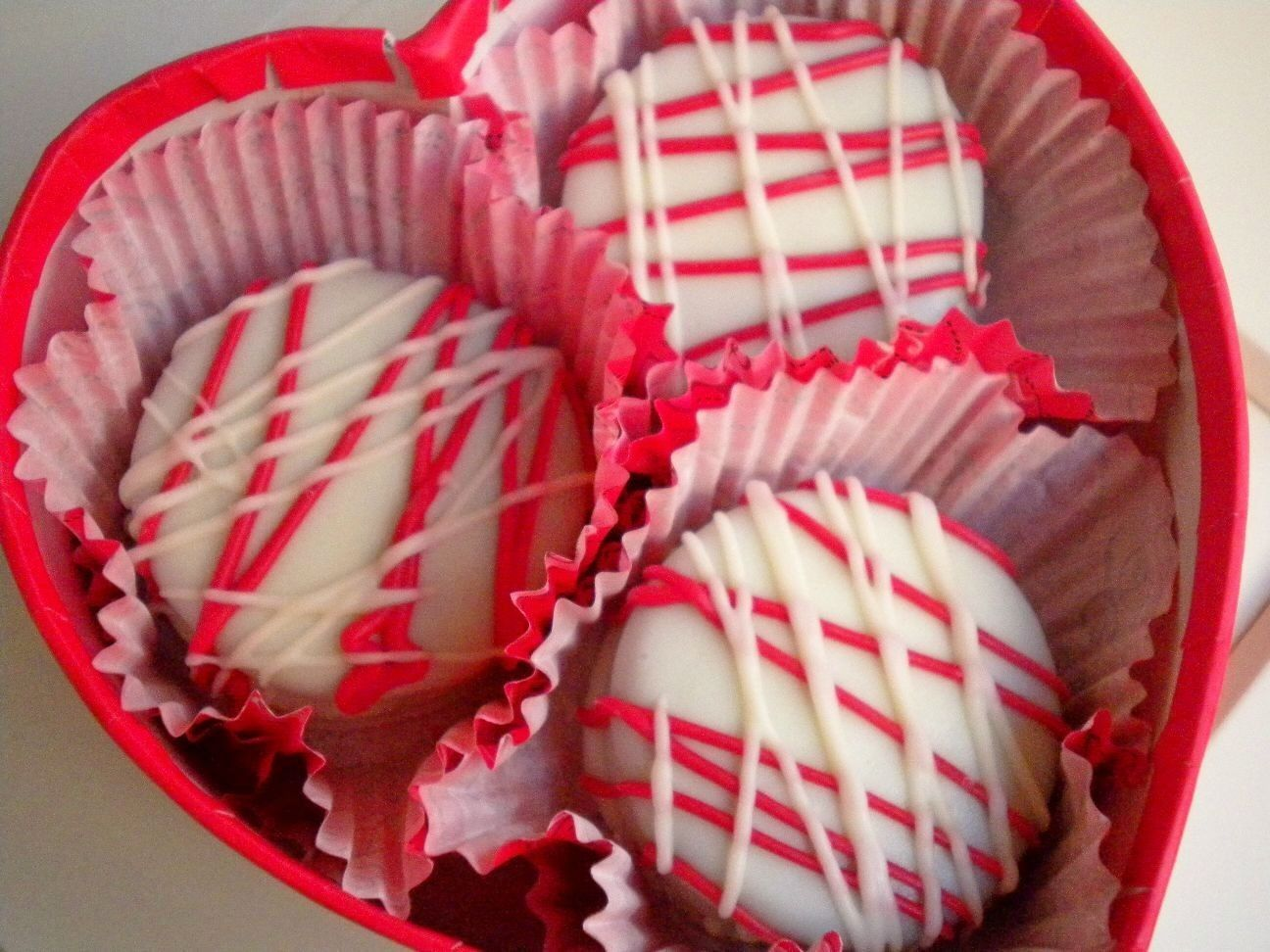 Valentine\'s Day Chocolate Covered Oreo Cookies Wedding Favors Red ...