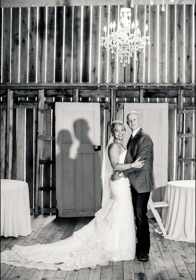 #imagesbyblake #zyntangofarm #barnwedding