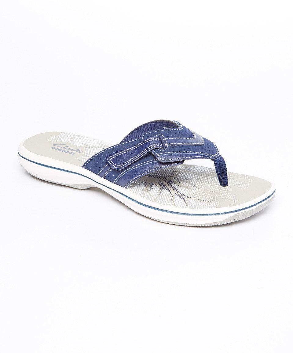 clarks navy flip flops