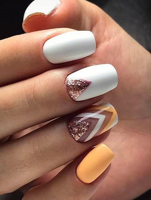15 gelbe Nägel Art Design