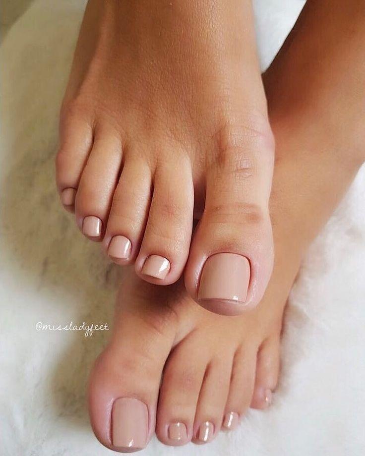 Pin By Nivedna On Make Up Acrylic Toes Cute Toe Nails