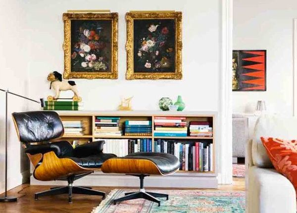 Armchair and ottoman by Eames (Vitra) + old netherlands paintings