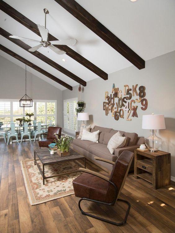 die besten 25 fixer upper sofa ideen auf pinterest wohnzimmer farbschema raumfarbe und foyer. Black Bedroom Furniture Sets. Home Design Ideas