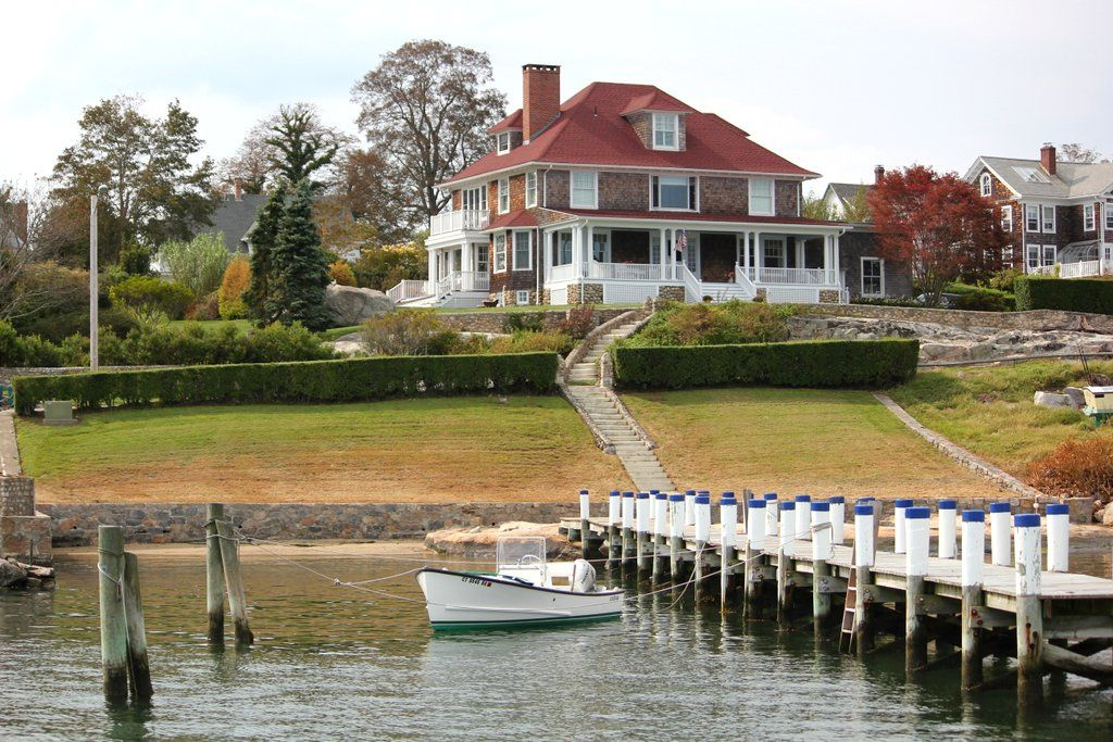 Big house, big yard, big dock, little boat!