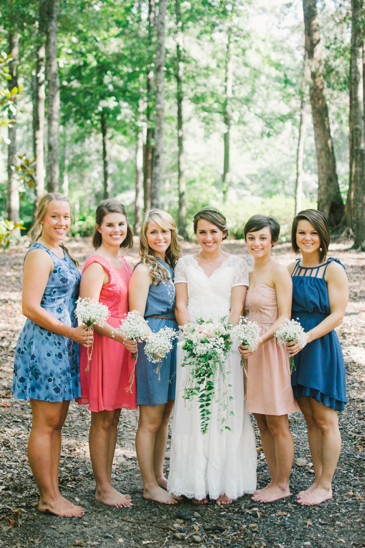 Everweddings Co Vintage Rustic Bride And Bridesmaids Outdoor Wedding Blue