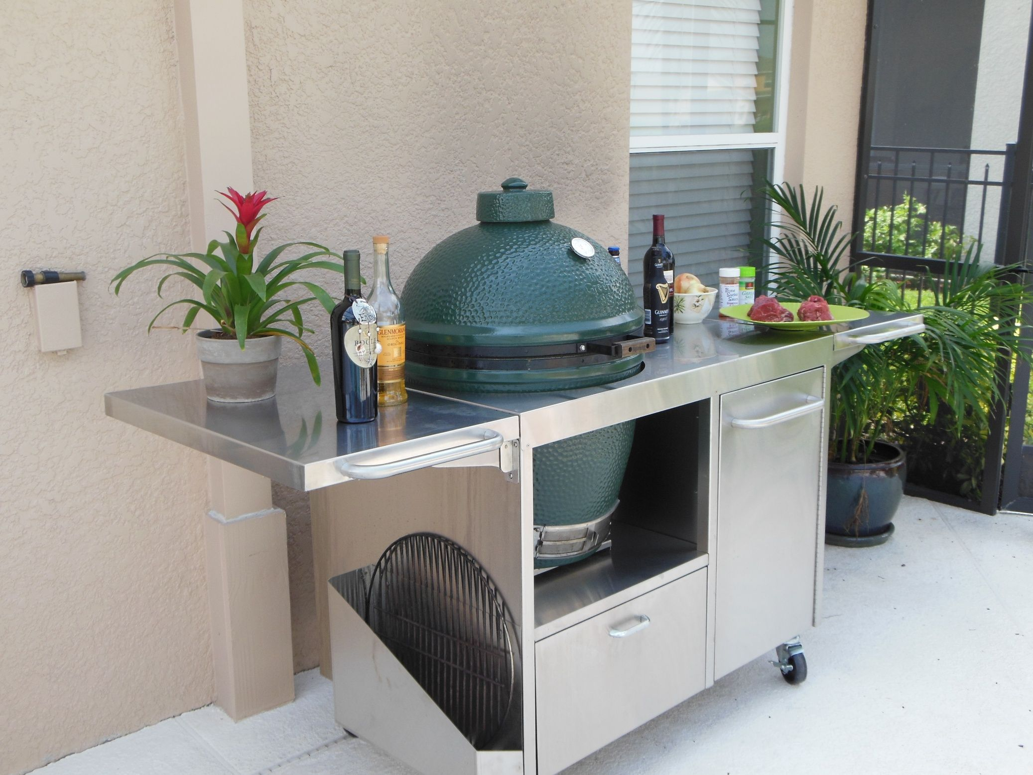 Stainless Big Green Egg Table