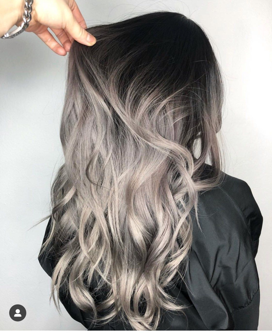 Ash Gray: 2019 neutral color of the year (pin now, read later!)