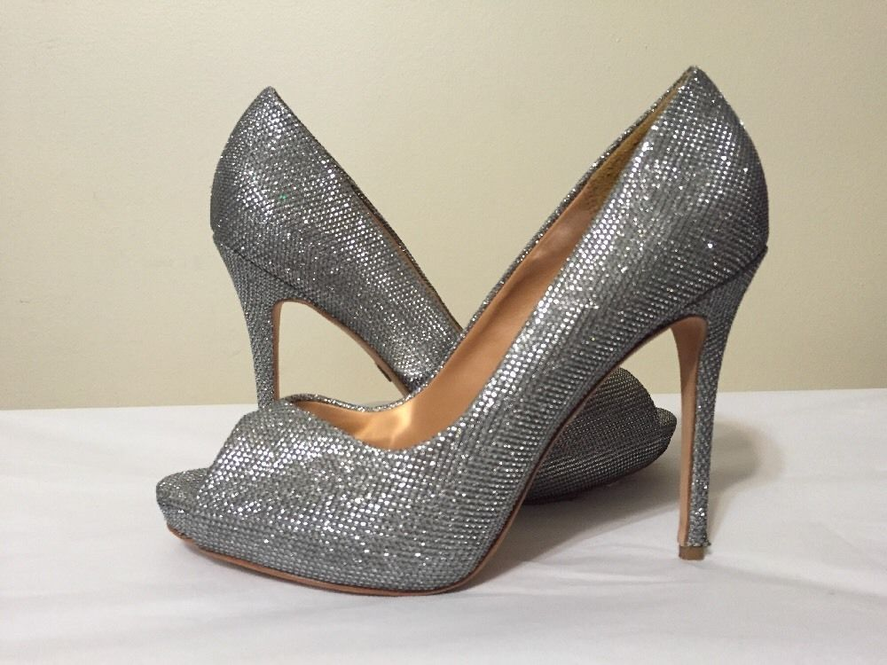 Womens Shoes Badgley Mischka Kassidy II Silver Diamond Drill Fabric
