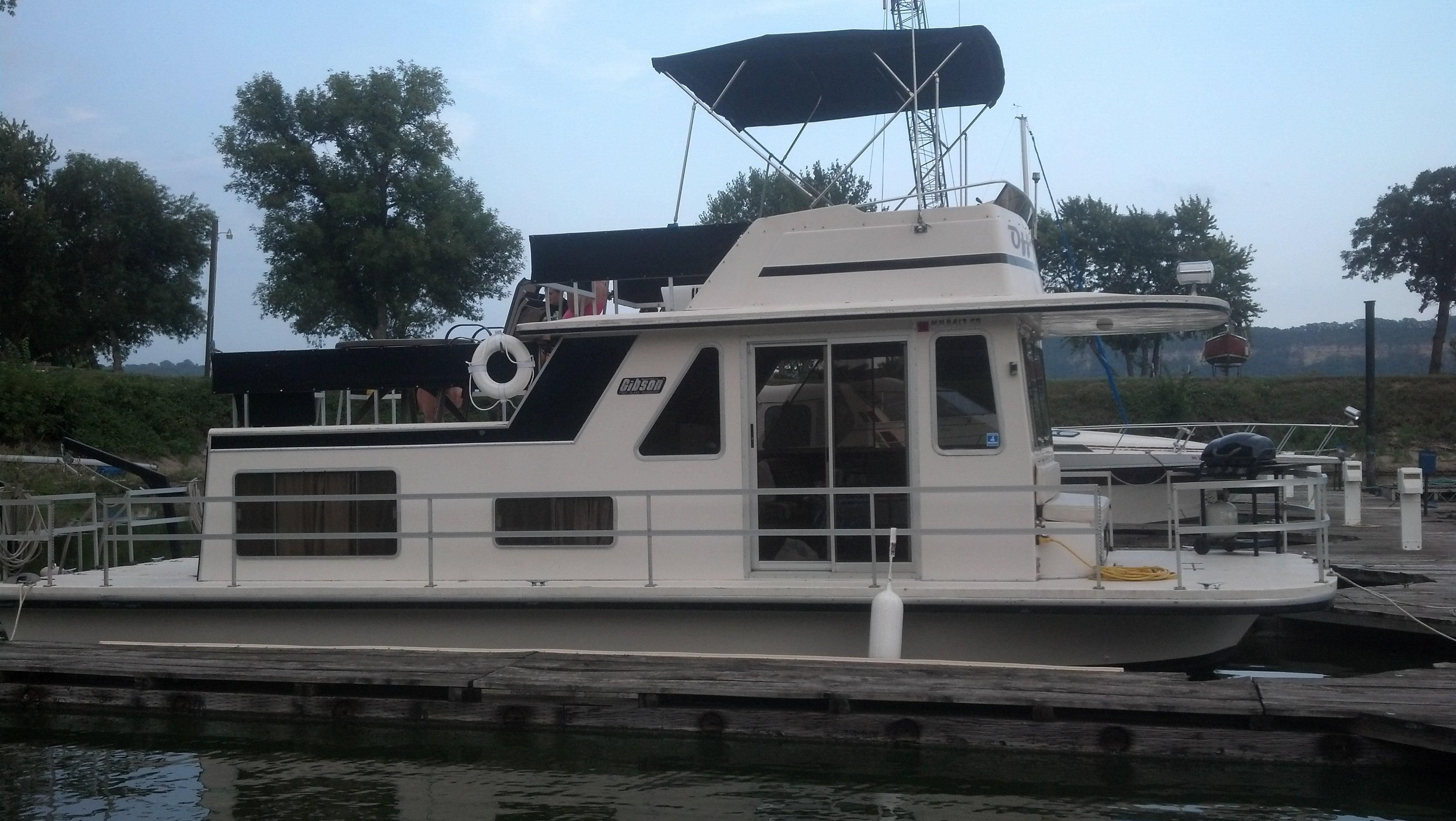 1985 36 Ft Gibson Houseboat Google Search Boat Building Plans House Boat Boat Building