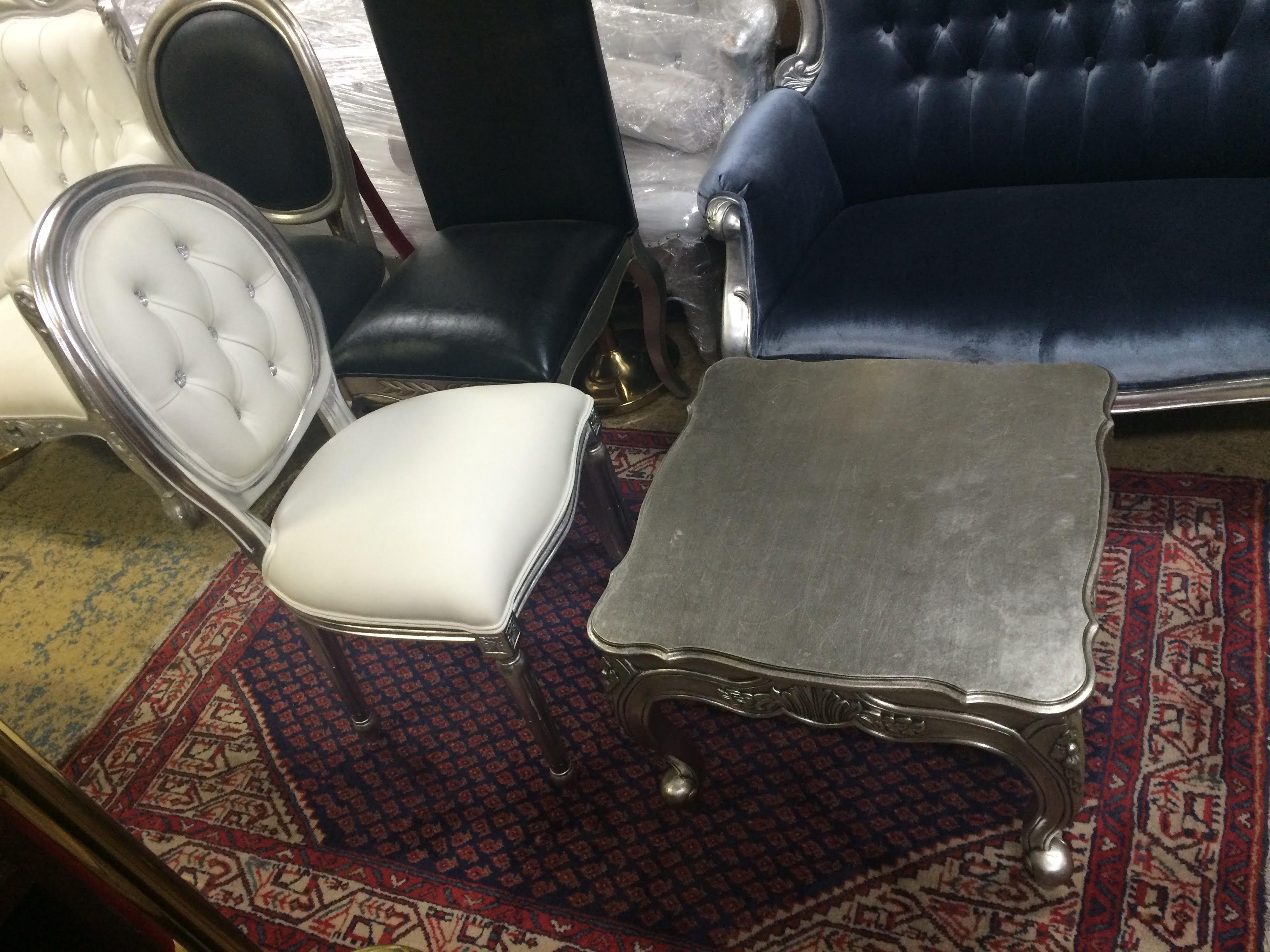 Vente et location de meubles baroques de charme Show Room sur