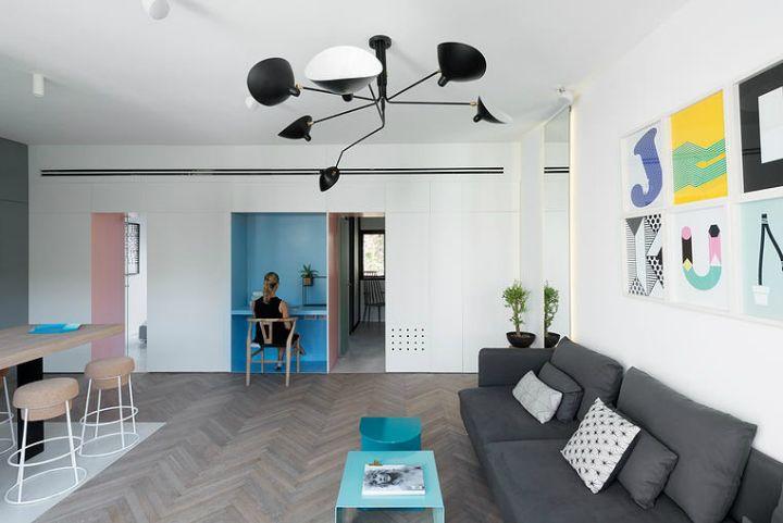 Rustig en open interieur met véél kleur op vierkante meter