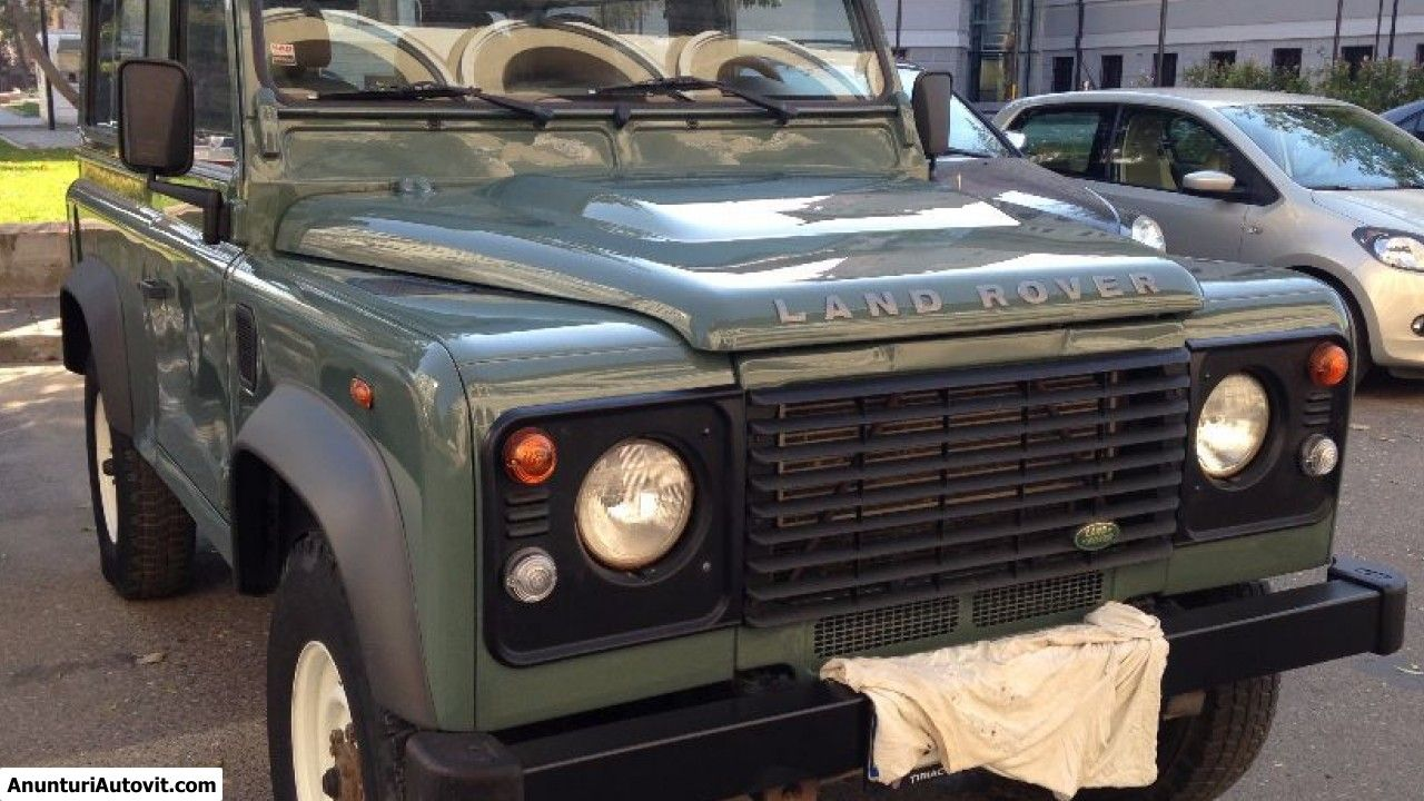 Proprietar, vand Land Rover Defender (Second hand); Benzina; Euro 4