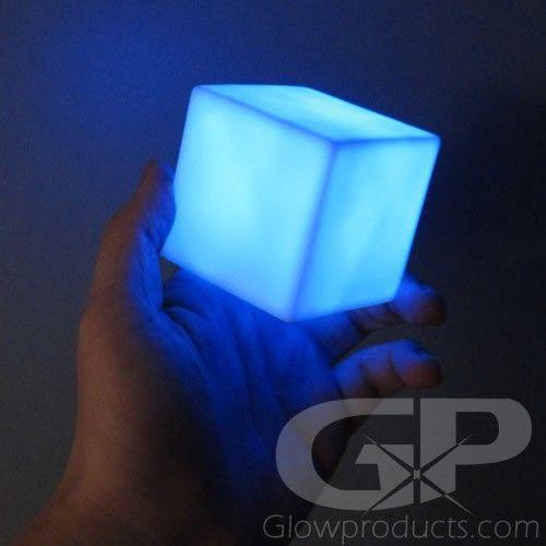 Make Glow In The Dark Ice Cubes Glow In The Dark Light Drinks Glow