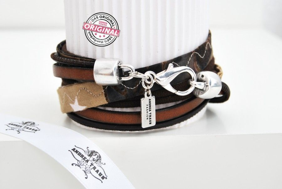 Armband gewickelt aus Leder und Stoff kombiniert in braun mit Stern & silbernem Anhänger Wickelarmband für Frauen
