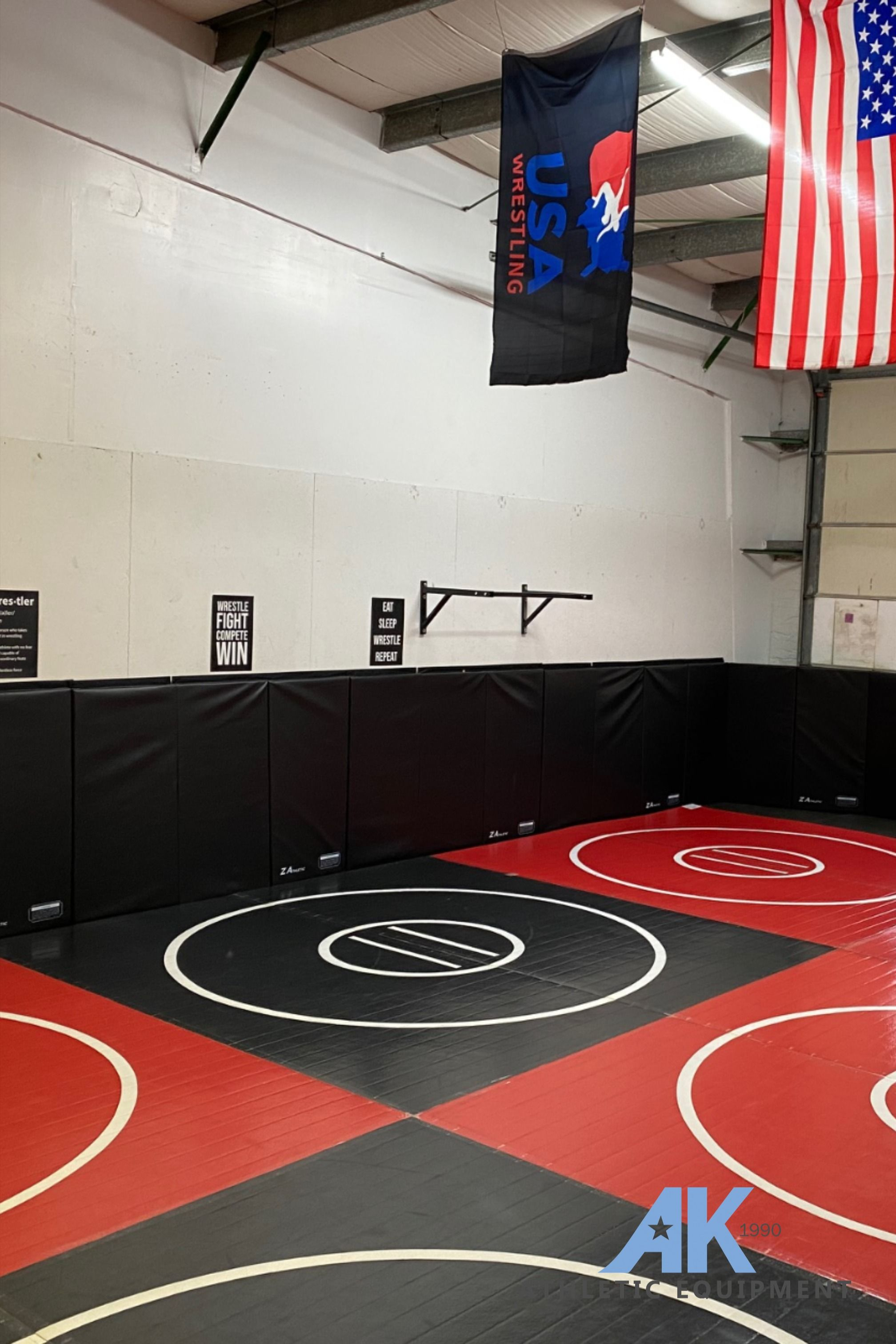 Black And Red 8 Section 20 X 20 X 1 3 8 Roll Up Wrestling Mat With Four Practice Circles In 2020 Wrestling Mat Wrestling Backyard