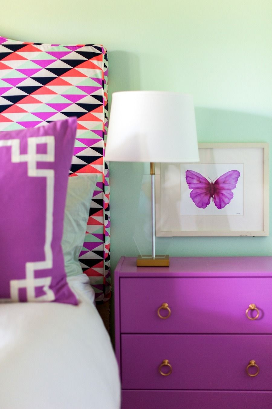 Caitlin Wilson Home Tour - http://www.stylemepretty.com/living/2014/08/21/caitlin-wilson-home-tour/