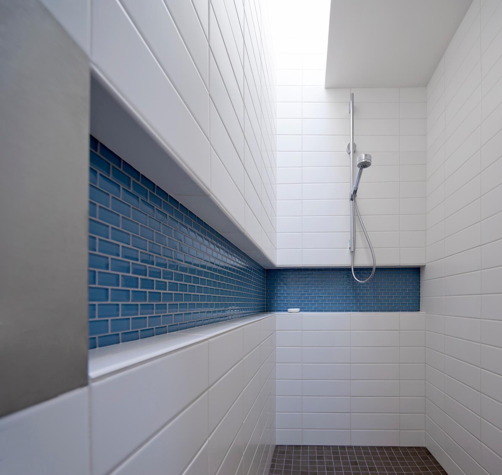 Polish Bathroom Tile: Clean Modern Shower