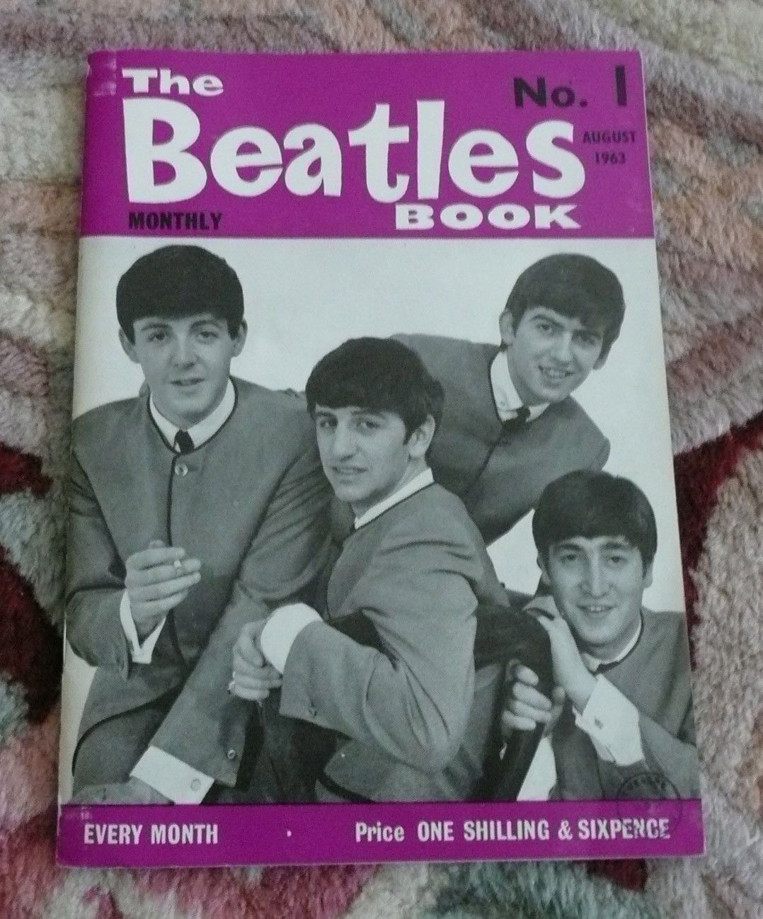 Beatles RARE ORIGINAL UK 1963 ' BEATLES BOOK MONTHLY ' NUMBER ONE ISSUE ! NICE!