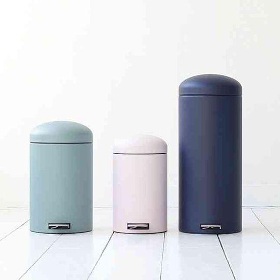 15 Stylish Trash Cans Designlovefest Bedroom Trash Can