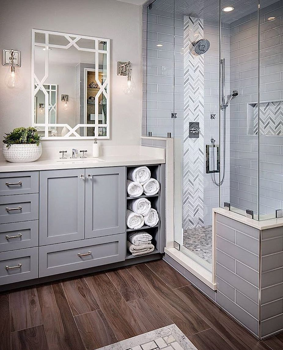 3 389 Likes 45 Comments Cecelia Thewelldressedhouse On Instagram Master Bath Inspo Ta Badevaerelsesrenovering Badevaerelse Design Smukke Badevaerelser