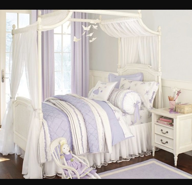Girls Canopy Bed Pottery Barn Kids: Little Girl Canopy Bed, Girl