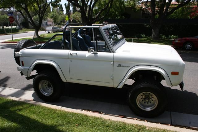77 White Convertible Hard Top Bronco